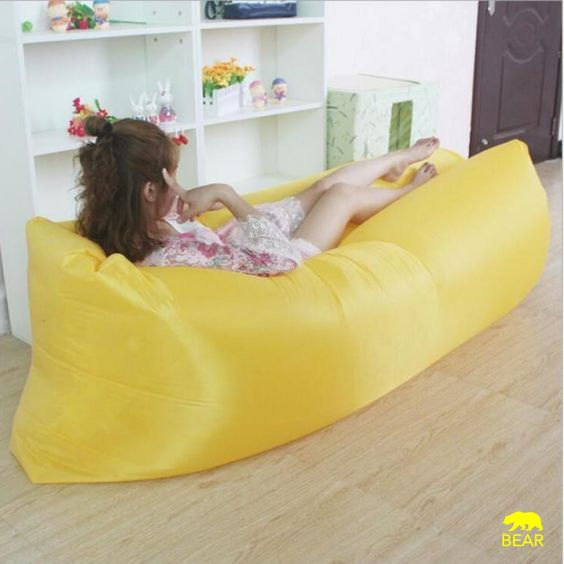 pouf gonflable lamzac jaune